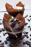 chicchi del bigné e di caffè del cioccolato Immagine Stock Libera da Diritti