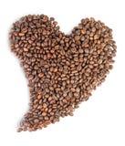 Chicchi di caffè arrostiti a forma di cuore Fotografia Stock Libera da Diritti