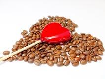 Chicchi di caffè e del cuore Fotografia Stock Libera da Diritti