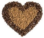 Chicchi di caffè nella figura del cuore Immagini Stock Libere da Diritti