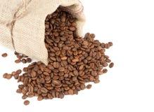 Chicchi di caffè in sacco della tela di canapa Fotografia Stock Libera da Diritti