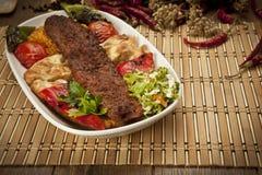 Chiche-kebab d'Adana de turc Photographie stock