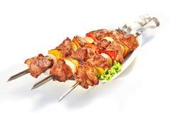 Chiche-kebab de porc de viande d'isolement sur le fond blanc Image libre de droits