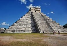 chichen den mayan mexico för itzaen pyramiden Arkivfoto