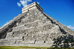 chichen den mayan mexico för itzaen pyramiden Arkivbild