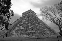 chichen det kukulcan mexico för itzaen tempelet Arkivfoton