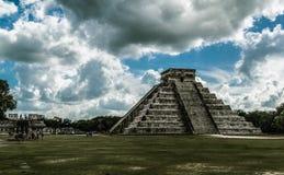 chichen itza墨西哥金字塔 艺术性的治疗 免版税库存照片