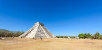 Chichen Itza - πυραμίδα EL Castillo - αρχαίες καταστροφές ναών της Maya Yucatan, Μεξικό στοκ εικόνα με δικαίωμα ελεύθερης χρήσης