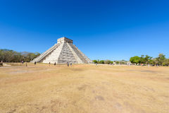 Chichen Itza - πυραμίδα EL Castillo - αρχαίες καταστροφές ναών της Maya Yucatan, Μεξικό Στοκ εικόνες με δικαίωμα ελεύθερης χρήσης