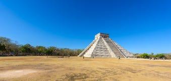 Chichen Itza - πυραμίδα EL Castillo - αρχαίες καταστροφές ναών της Maya Yucatan, Μεξικό Στοκ Εικόνες