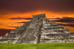 Chichen Itza. Ancient Mayan pyramid, Kukulcan Temple at Chichen Itza, Yucatan, Mexico Royalty Free Stock Photography