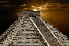Chichen Itza. Ancient Mayan pyramid, Kukulcan Temple at Chichen Itza, Yucatan, Mexico Stock Photos