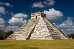 Chichen Itza - El Castillo (Kukulkan) Near Cancun Stock Photo