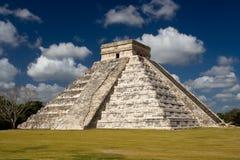 Chichen Itza - El Castillo (Kukulkan) Near Cancun. El Castillo (Temple of Kukulkan) pyramid is located in the Chichen Itza archeological site, Yucatan Peninsula Stock Photo