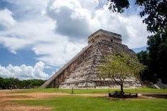 Chichen Itza, el piramid famoso en Ciudad de México fotografía de archivo