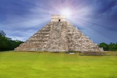 Chichen Itza Kukulcan Mayan temple sun beam Royalty Free Stock Images