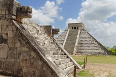 Chichen Itza Kukulcan Temple and Venus Platform Stock Photography