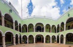 CHICHEN ITZA, MEXIKO - 27. FEBRUAR 2016: Innerer Hof von Palast Palacio de Gobierno Government in Mérida, Mexic lizenzfreies stockfoto