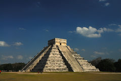 Chichen Itza Pyramid. The Mayan ruins of Chichen Itza, Mexico Stock Photography