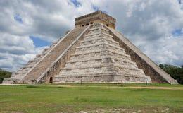 CHICHEN ITZA: PYRAMID AV KUKULCAN. MEXICO Fotografering för Bildbyråer