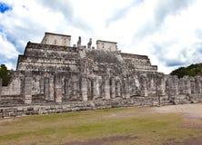 Chichen Itza pyramid, Yucatan, Mexico.Landscape i en solig dag Arkivbild