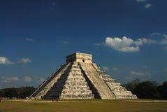 chichen itzapyramiden arkivbild