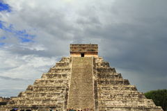 Chichenitza castle I. Main pyramid of the archaeological site of chichenitza known as kukulcan castle. Yucatan, mexico stock photos