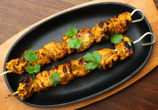 Chiches-kebabs indiens de Tikka de poulet Photo stock