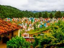 Chichicastenango - Guatemala, - Kleurrijke begraafplaats van Chichicastenango in Guatemala stock fotografie