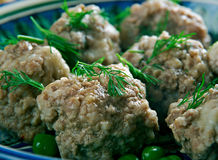 chicken-bakso-indonesian-timorese-meatballs-67092297.jpg