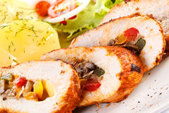 Chicken breast, potatoes and vegetables Royalty Free Stock Photography