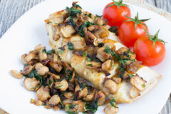 Free Chicken Breast With Champignons Royalty Free Stock Photos - 29441998