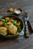 Chicken cutlets and fresh vegetable salad Royalty Free Stock Photos
