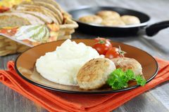 Chicken cutlets with mashed potatoes Royalty Free Stock Photography
