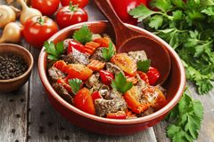 Chicken liver with sweet pepper and tomatoes Royalty Free Stock Photography