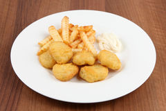 Chicken nuggets frites Stock Photos