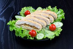 Chicken roll, lettuce, tomatoes and cucumbers Royalty Free Stock Photos