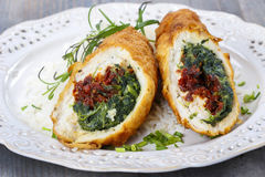 Free Chicken Roll Stuffed With Spinach And Dried Tomatoes Stock Photos - 42977613