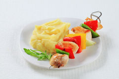 Chicken skewer with mashed potato Royalty Free Stock Photography