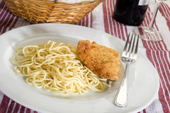 Chicken and Spaghetti Royalty Free Stock Photos