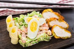 Chicken tempura salad Royalty Free Stock Photography