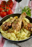 Chicken thighs with mashed potatoes Royalty Free Stock Photos