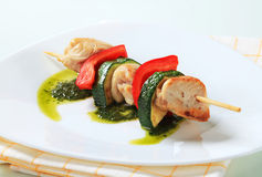 Chicken and vegetable skewer Royalty Free Stock Photos