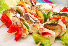 Chicken and vegetable skewers Royalty Free Stock Images