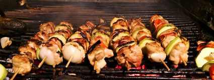 Home made barbeque: skewers Royalty Free Stock Photography