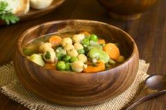 Chickpea και φυτική σούπα Στοκ φωτογραφία με δικαίωμα ελεύθερης χρήσης
