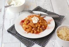 Chickpeas με το λάχανο, το γιαούρτι και το πιπέρι Στοκ Εικόνα