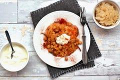 Chickpeas με το λάχανο, το γιαούρτι και το πιπέρι Στοκ εικόνες με δικαίωμα ελεύθερης χρήσης