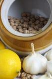 chickpeas czosnku cytryna zdjęcie stock