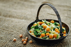 Chickpeas and spinach curry Royalty Free Stock Images